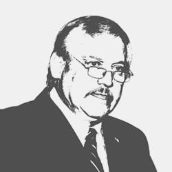 Víctor M. Villalobos